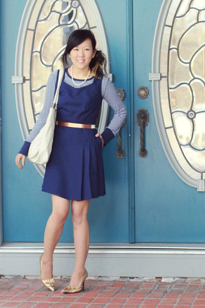 Подобрать аксессуары к синему платью