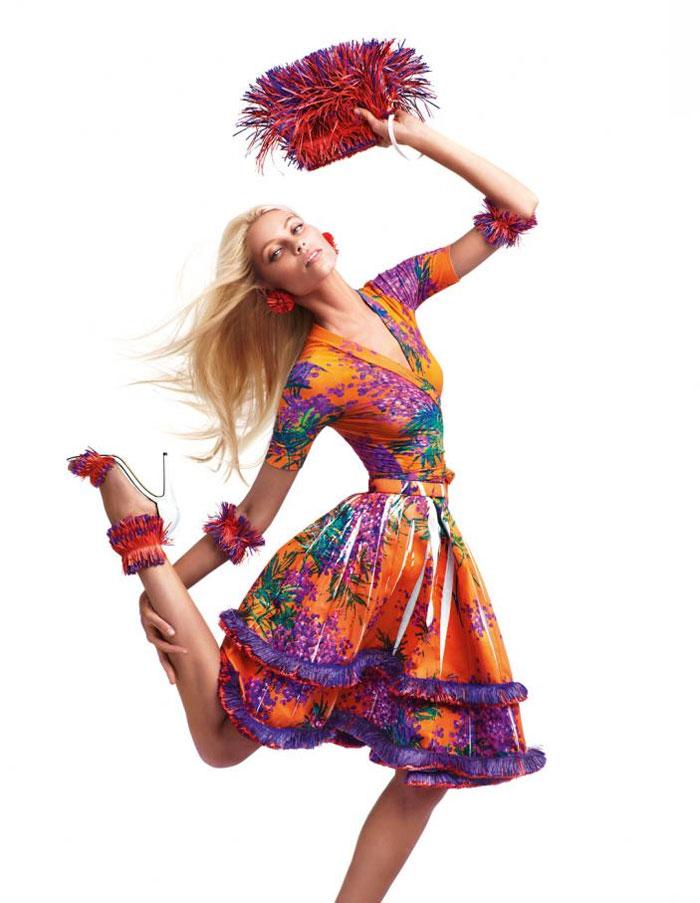 Аксессуары к цветному платью