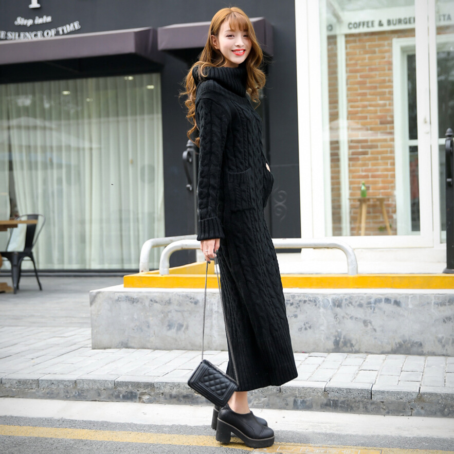 Длинное платье зимой и аксессуары