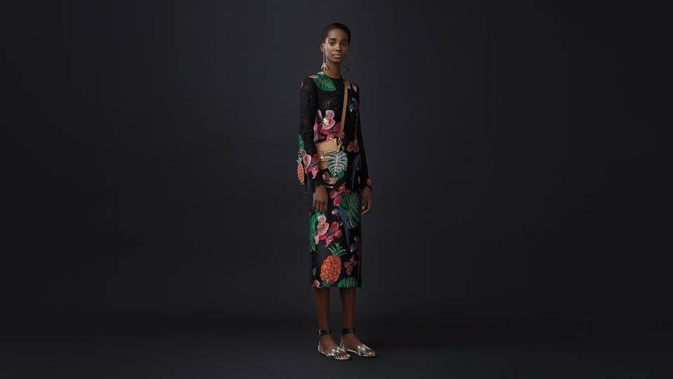 Как носить цветочное платье