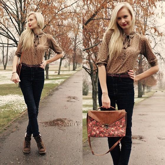 С чем носить коричневую блузку