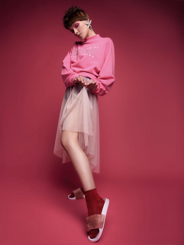 Платье из тюля со свитером